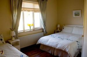 Hilltop-Bedroom-2
